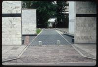 Umschlagplatz Memorial (Warsaw, Poland) : Entry into the memorial composed of open walled space