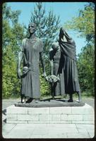 Ravensbrück Concentration Camp : Sculpture portraying empathy among fellow prisoners